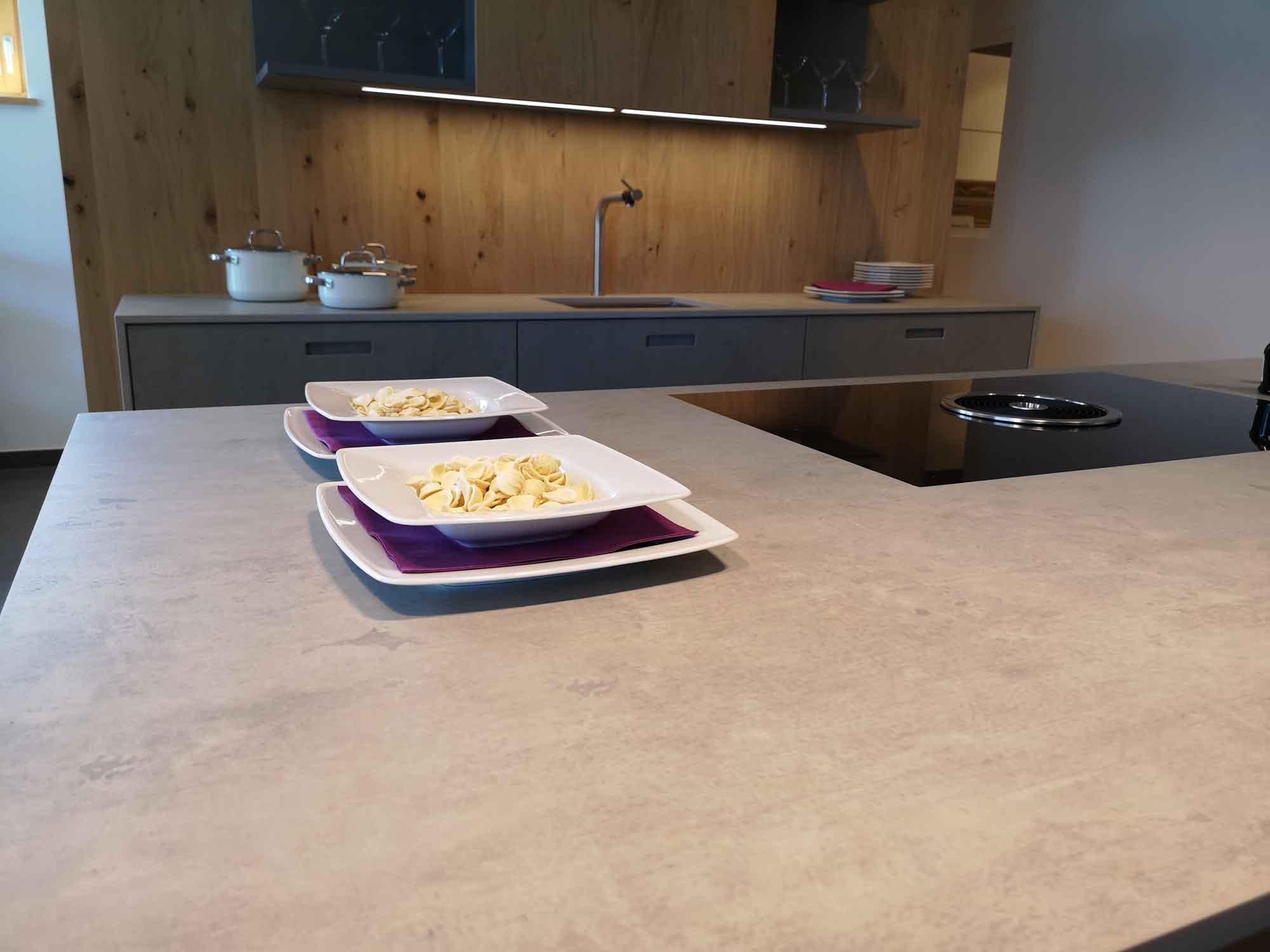 Arbeitsplatte Beton Kueche Ideen Kuche Beton Arbeitsplatte Kuche Moderne Kuche