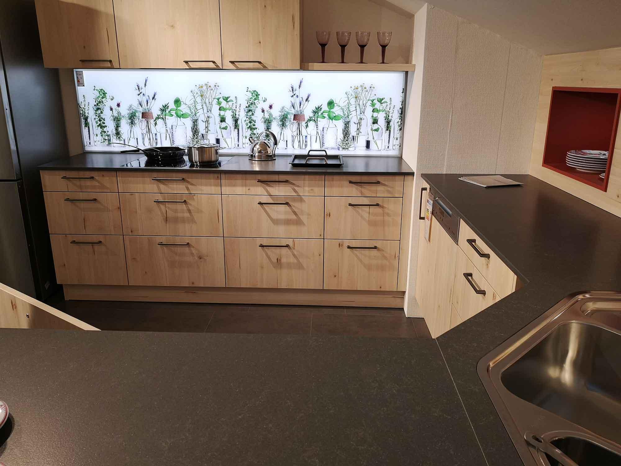 basic quarz beton grey arbeitsplatte arbeitsplatten k chenarbeitsplatten k chenarbeitsplatte. Black Bedroom Furniture Sets. Home Design Ideas