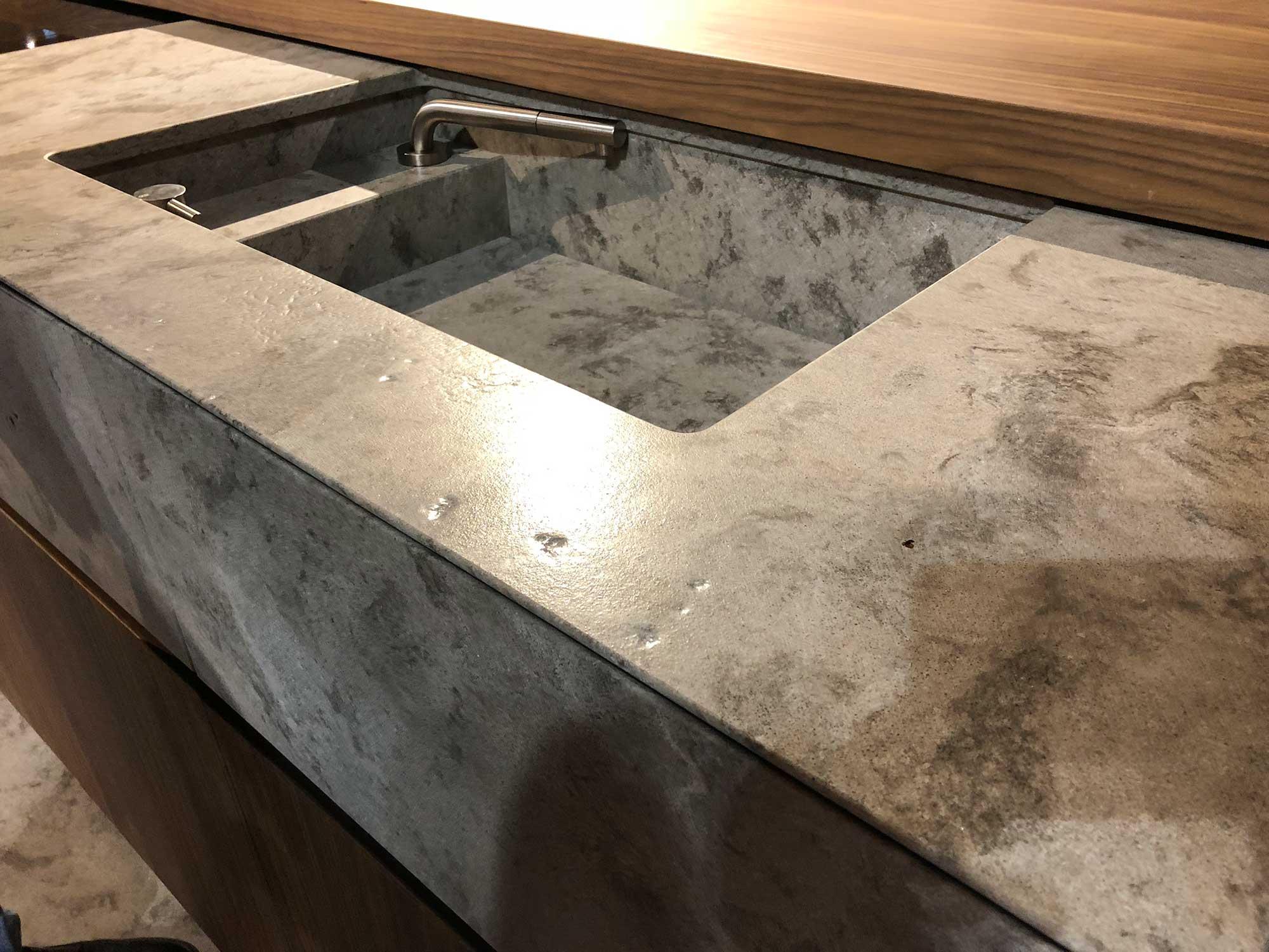 beton quarz metropolis copper arbeitsplatte arbeitsplatten k chenarbeitsplatten. Black Bedroom Furniture Sets. Home Design Ideas